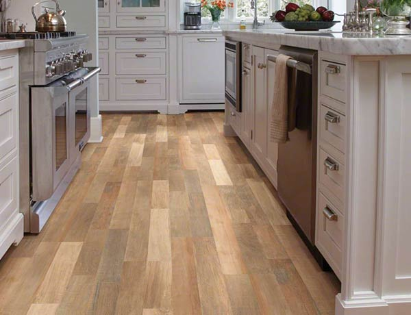 What Are The Pros and Cons of Laminate Flooring?